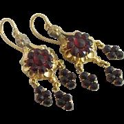 Garnet paste in 18k / 18ct gold dangling ear pendant earrings antique Victorian c1890