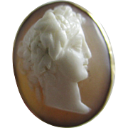 Real shell cameo in 14k / 14ct gold ring size UK J+ / US 5 antique Victorian c1860