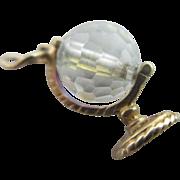 9k 9ct gold iridescent crystal spinning globe pendant charm Vintage c1970