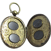 Family locket for 4 photographs 15k 15ct gold cased pendant locket antique Victorian c1860