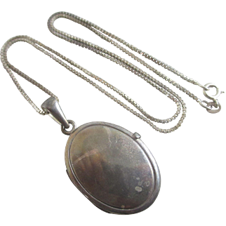 Sterling silver double pendant locket necklace vintage c1980.