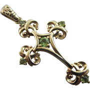 Peridot 14k 14ct gold cross pendant vintage millennium 2000 English hallmark.