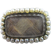 Seed pearl 15k 15ct gold braided hair mourning brooch pin antique Victorian c1840.