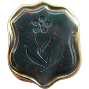 Intaglio forget me not flower bloodstone 9k 9ct gold case fob seal pendant antique Victorian c1850.