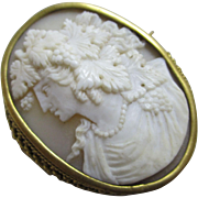 Real shell cameo 18k 18ct gold cased brooch pin antique Victorian c1840.