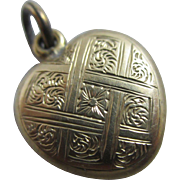 9k 9ct gold back & front heart double pendant locket antique Victorian c1890.