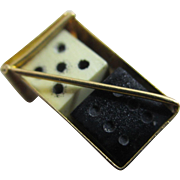 Pair of dice 9k gold pendant charm Vintage c1970.
