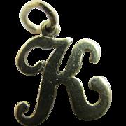 9k gold letter initial ' K ' pendant charm vintage c1970.