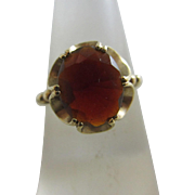 Garnet 9k gold ring vintage 1975 English hallmark.