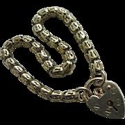9k gold chain link bracelet heart padlock clasp vintage 1990 English hallmark.