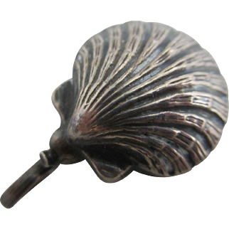 Sterling silver sea shell rattle pendant vintage Art Deco c1920.