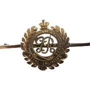 9k gold 'Royal Engineers' military badge brooch pin antique Edwardian c1910.