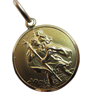 9k gold travel saint St Christopher pendant charm Vintage c1970.