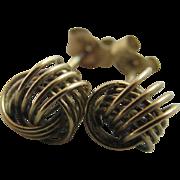 9k gold knot stud earrings Vintage c1980.