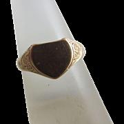 Heart 9k gold signet ring antique 1912 English Edwardian hallmark.