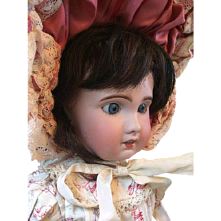 Antique SFBJ Jumeau type doll no 8