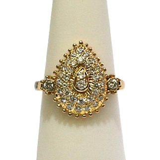 Vintage Pear Shaped Diamond Ring in 18k Yellow Gold Indian Jewelry
