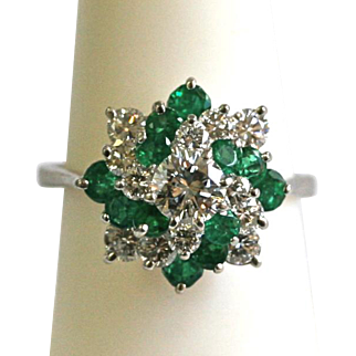 Vintage Diamond/Emerald Cluster Ring in Platinum