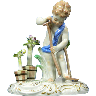 1850-1899 Meissen Multi-Color Porcelain Figurine Statue of Boy Harvesting