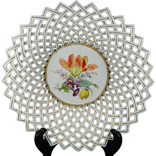 1850-1899 Multi-Color First Class Meissen Reticulated Porcelain Bowl Germany 2/2