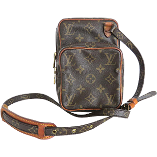 Authentic LOUIS VUITTON Monogram Canvas Leather Mini Amazon Cross Body Bag