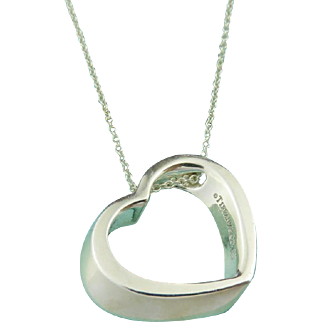 Authentic TIFFANY & CO Sterling Silver Geometric Heart Pendant Necklace