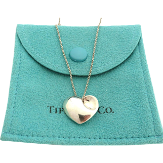 Authentic TIFFANY & CO Sterling Silver Puff Heart Pendant Necklace