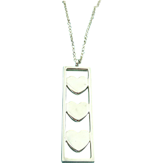 Authentic TIFFANY & CO Sterling Silver Triple Heart Bar Pendant Necklace Rare