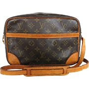 Authentic LOUIS VUITTON Monogram Canvas Leather Trocadero Cross Body Bag