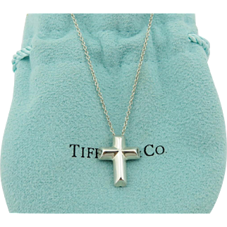 Authentic TIFFANY & CO Sterling Silver Tenderness Heart Cross Pendant Necklace