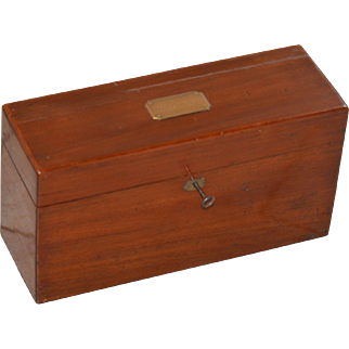 Rare Woman's Tantalus Traveling Box