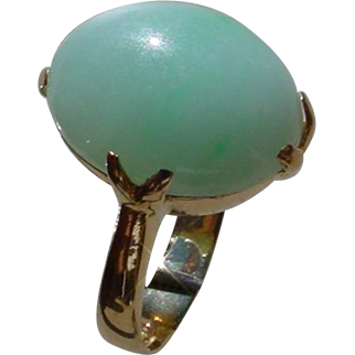 Ladies 22K Hand Made Ring Set w/ Light Green 6.5 Carat Jadeite