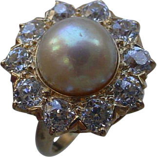 Stunning 14K Gold Shreve Crump & Low Co. Ring, 9mm Pearl Surrounded By 2 Carats Of Diamonds.
