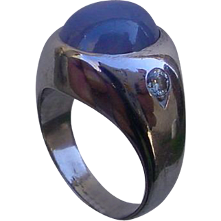 Gents 11.20 Carat Star Sapphire Ring w/ Diamonds, 14K White Gold.