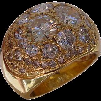 Beautiful Ladies 18K Gold Dome Ring Set w/ 45 Diamonds. 0.80 Ct. 0.80 Ct. 0.55 Ct. 0.32 Ct. 0.24 Ct. 3x 0.15 Ct. ...