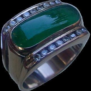 Vintage 18K Gold Saddle Ring w/ Oval Deep Green Jadeite.