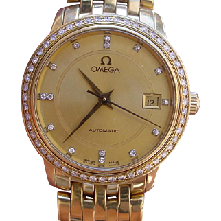 Ladies 18K Gold Omega Privilage, 52 Diamond Bezel, Diamond Dial. Retails $20,000