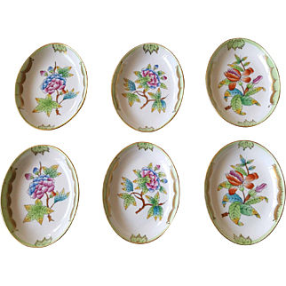 Herend Hungary Queen Victoria Butter Pats