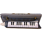 1970's Vintage Hohner Melodica Piano 26 Mouth Organ Musical Instrument With Case