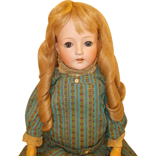 "German  Ohlhaver ""Revalo"" Little Girl"