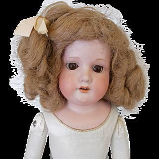 AM 370  Sweet Little Girl
