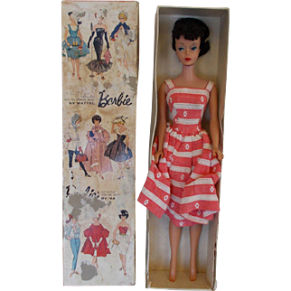 #4 Brunett Barbie with box