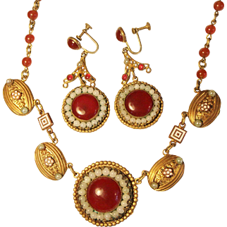 Gorgeous Carnelian Colored Glass and Faux Pearl Gilt Art Deco Necklace and Earrings Set