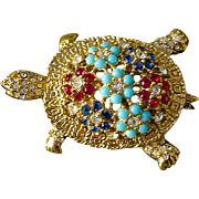A Vintage Signed Ciner Turtle Brooch Pin