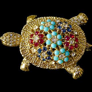 A Vintage Signed Ciner Turtle Brooch Pin