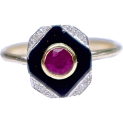 A Vintage Art Deco Ruby Onyx and Diamond Ring