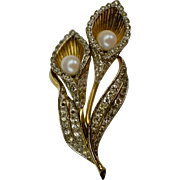 A Vintage Signed Jomaz Calla Lillies Spray Brooch Pin