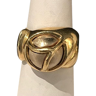 "18k Yellow Gold Unique Hand Finished Ring Signed ""Quadri"""