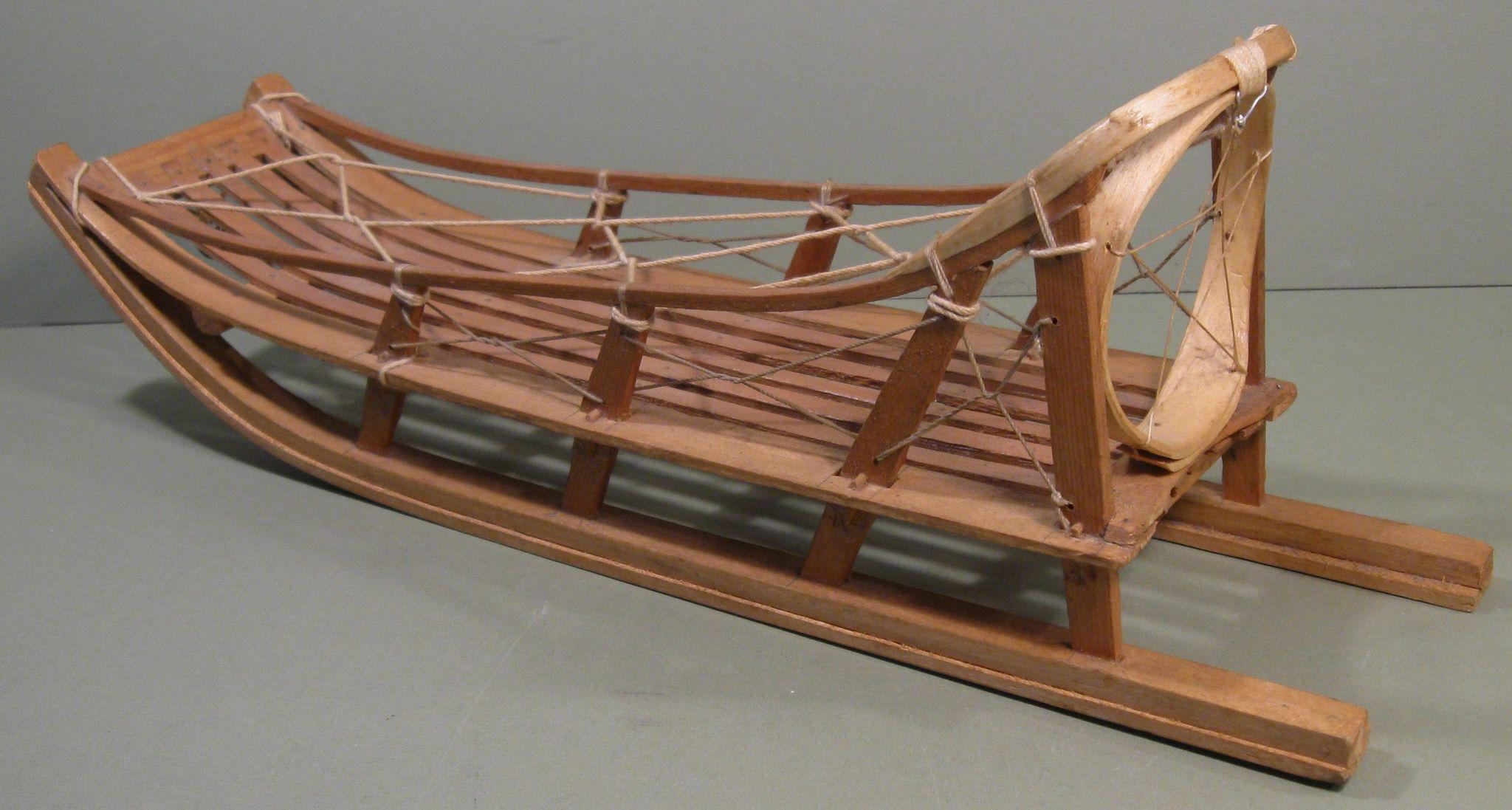 vintage eskimo sled model handmade 16 3 4 inches long from