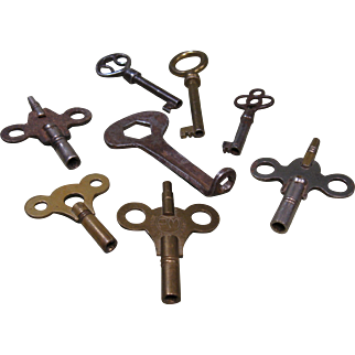 Lot of 8 Old Keys - Cabinet or Drawer, Clock, Roller Skate Keys